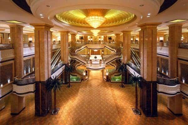abu_dhabi_emirates_palace_ballroom-foyer