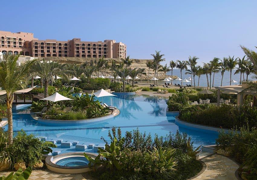 Al Bandar Shangri La Hotel Pool