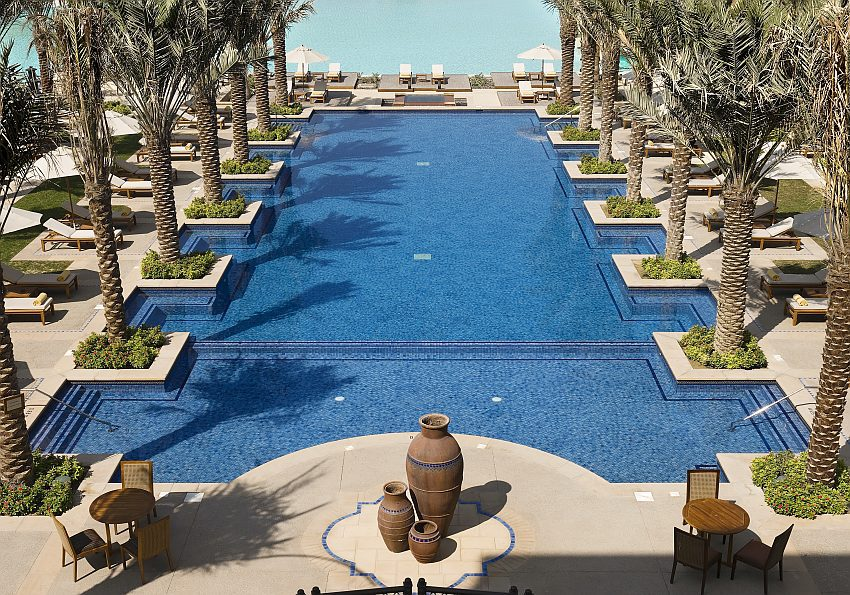 Pool Palmen Downtown Palace Dubai