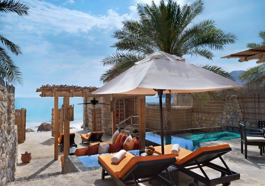 Pool Villa Beachfront Original