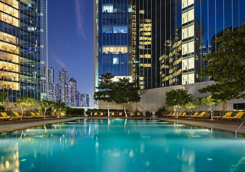 Oberoi Dubai Pool