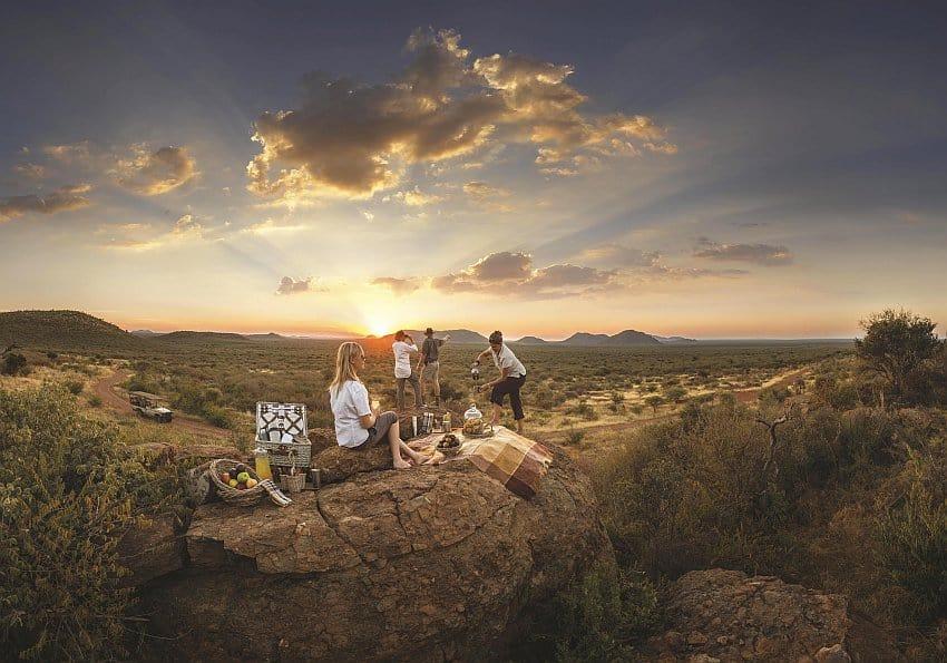 Picknick mit Sonnenuntergang