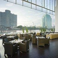 Millennium Hilton - Flow Restaurant