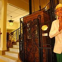 Raffles Grand Hotel D´Angkor - Lobby