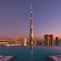 Abendstimmung am Infinity Pool - The Address Sky View