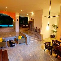 Aditya- Eingang