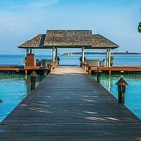 Arrival Jetty - Lily Beach Resort & Spa