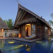 Beach Villa mit Pool - Jumeirah Vittaveli