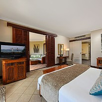 Club Junior Suite Beachfront - Dinarobin Beachcomber Golf Resort & Spa