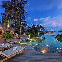 Compass Bar - Milaidhoo Island Maldives