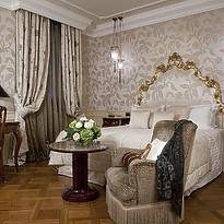 Deluxe Room - Baglioni Hotel Luna