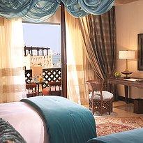 Deluxe Sea View - Sharq Village & Spa, A Ritz-Carlton Hotel