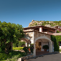Eingang - Villa del Golfo Lifestyle Resort