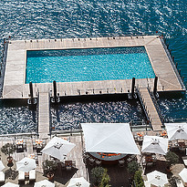 Floating Pool - Grand Hotel Tremezzo