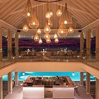 Gusto Restaurant und Poolbar - Baglioni Resort Maldives