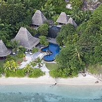 Hauptpool - Anantara Maia Seychelles Villas