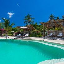 Hauptpool - White Sand Luxury Villas & Spa