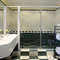 Honeymoon Suite Badezimmer