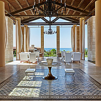 Lobby - The Romanos, a Luxury Collection Resort
