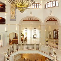 Lobby - The St. Regis Mardavall Mallorca Resort