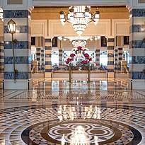 Lobby des Jumeirah Al Qasr