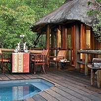 Luxury Suite with Plunge Pool - Makweti Safari Lodge