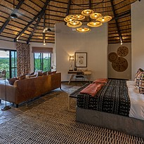 Main Lodge Luxury Room - Mala Mala Private Game Reserve