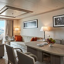 Medallion Suite Wohnzimmer - Silver Cloud Expedition