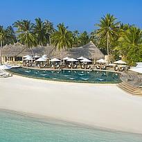 Naiboli Pool Bar - The Nautilus Maldives