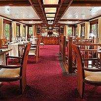 Paradise Peak - Restaurant