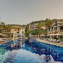 Pool Westflügel - Columbia Beach Resort