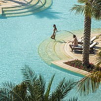 Pool des Four Seasons Resort Dubai at Jumeirah Beach