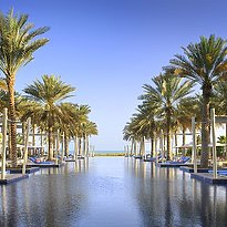 Pool des Park Hyatt Abu Dhabi Hotel and Villas