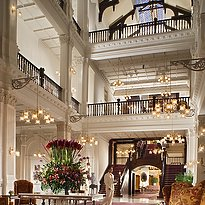 Raffles Hotel - Lobby