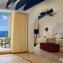 Romance Ocean Front Suite - Zoetry Paraiso de la Bonita