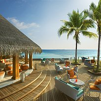 Sand Bar - Dusit Thani Maldives