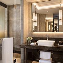 Deluxe Room Badezimmer - Siam Kempinski Hotel