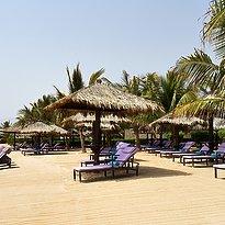 Strand des Le Meridien Al Aqah Beach Resort