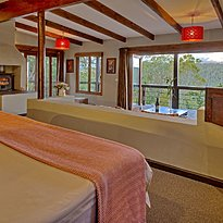 Suite - Hog Hollow Country Lodge