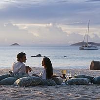 Sundowner Anse Lazio - Raffles Seychelles