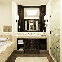 Badezimmer - The St. Regis Doha