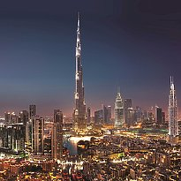 The Address Boulevard (rechts neben Burj Khalifa)