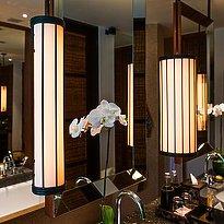 The Legian Bali - 1 BR Deluxe Suite Badezimmer
