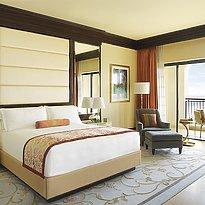 Deluxe bzw. Club Room - The Ritz-Carlton Abu Dhabi, Grand Canal