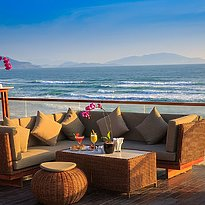 Zen Bar - Fusion Resort Cam Ranh