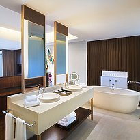 Vana Belle, A Luxury Collection Resort - Classic Pool Suite Badezimmer