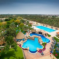 Poollandschaft Danat Resort Al Ain