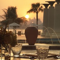 Crescendo Terrasse - Anantara Dubai The Palm Resort & Spa