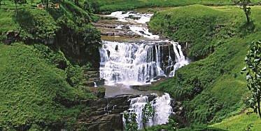 Aufstieg zum Duwili Ella Wasserfall