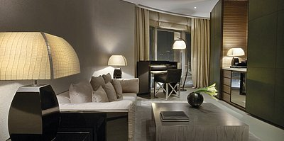 Armani Fountain Suite Wohnzimmer (auf Anfrage)